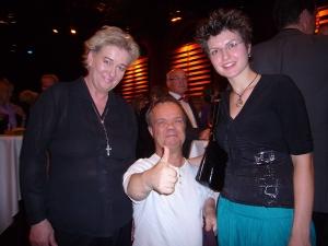 Henning Tögel mit Angela Metzger und Raphaela Ciblis