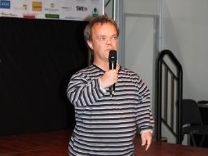 Henning Tögel auf der Bühne des Olympiastützpunkt Stuttgart bei der CMT 2012